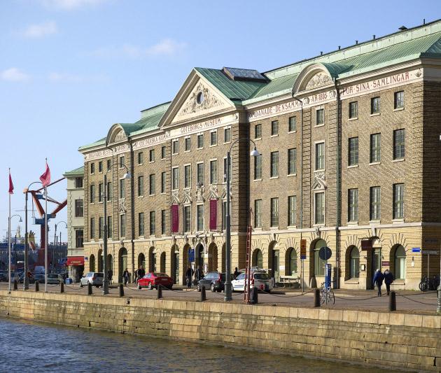 Göteborgs stadsmuseum längs Stora Hamnkanalen