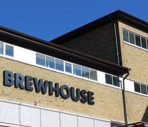 Brewhouses fasadlogga.