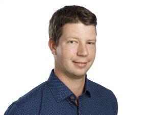 Porträttbild på Tobias Johansson