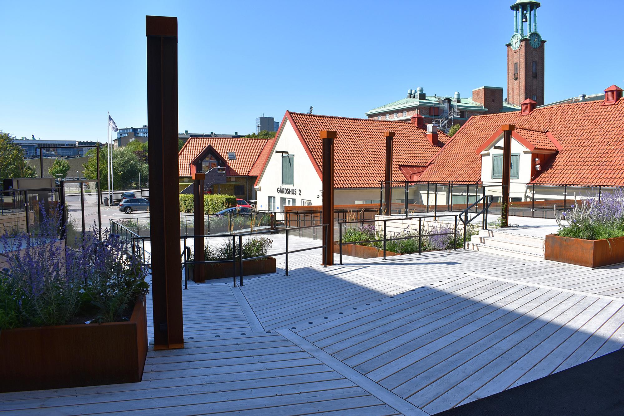 Brewhouses nya uteplats ut mot Åvägen
