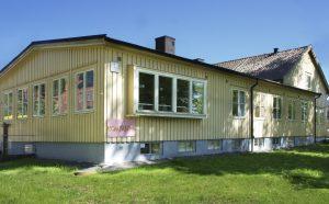 Utsidan av det före detta fritidshemmet i Kviberg.