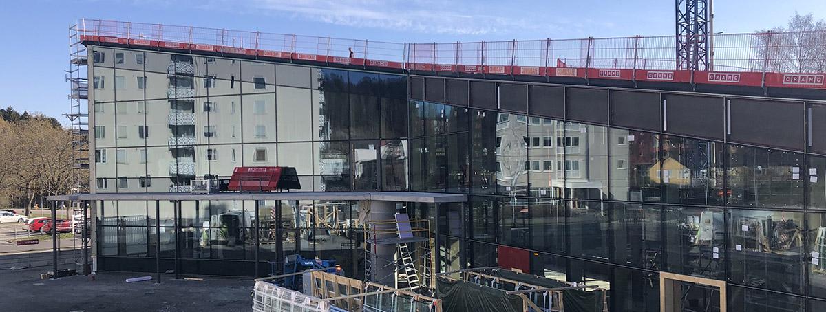 Kulturhusets glasfasad.