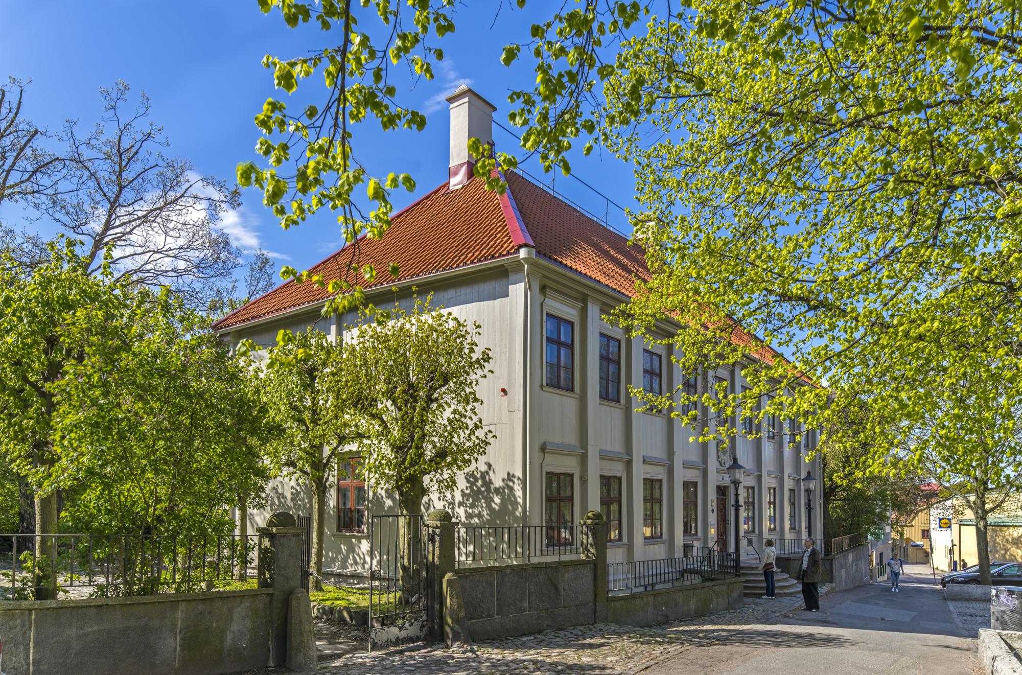 Utsidan av Gathenhielmska Huset vid Stigbergstorget