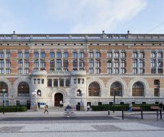 Framsidan av Kurs- och Tidningsbiblioteket.