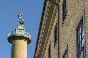 Sjömanstornet och del av Sjöfartsmuseets fasad
