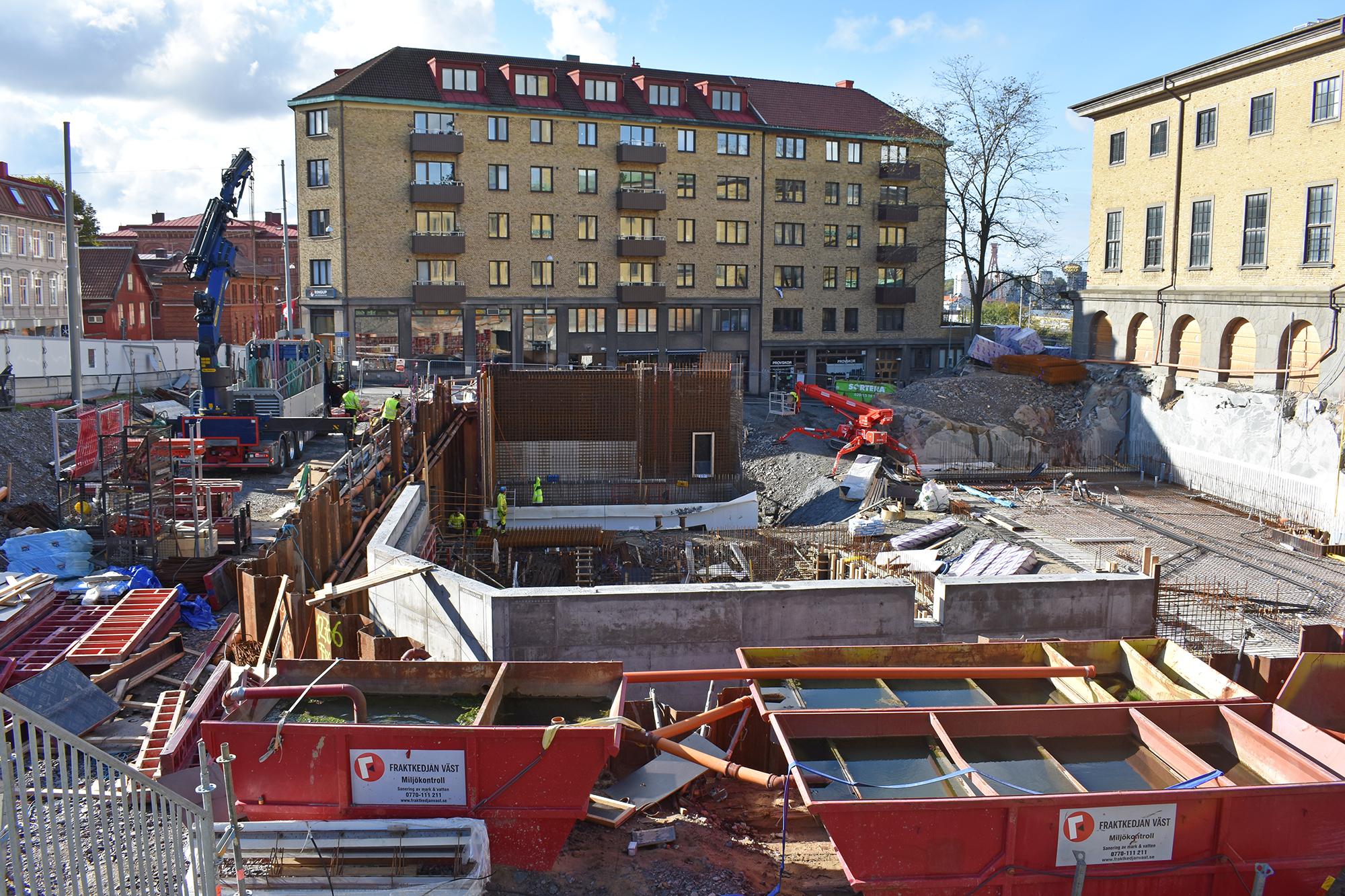 Byggarbetsplats utanför Sjöfartsmuseet.