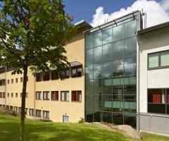 Utsidan av Mediehuset i Annedal.